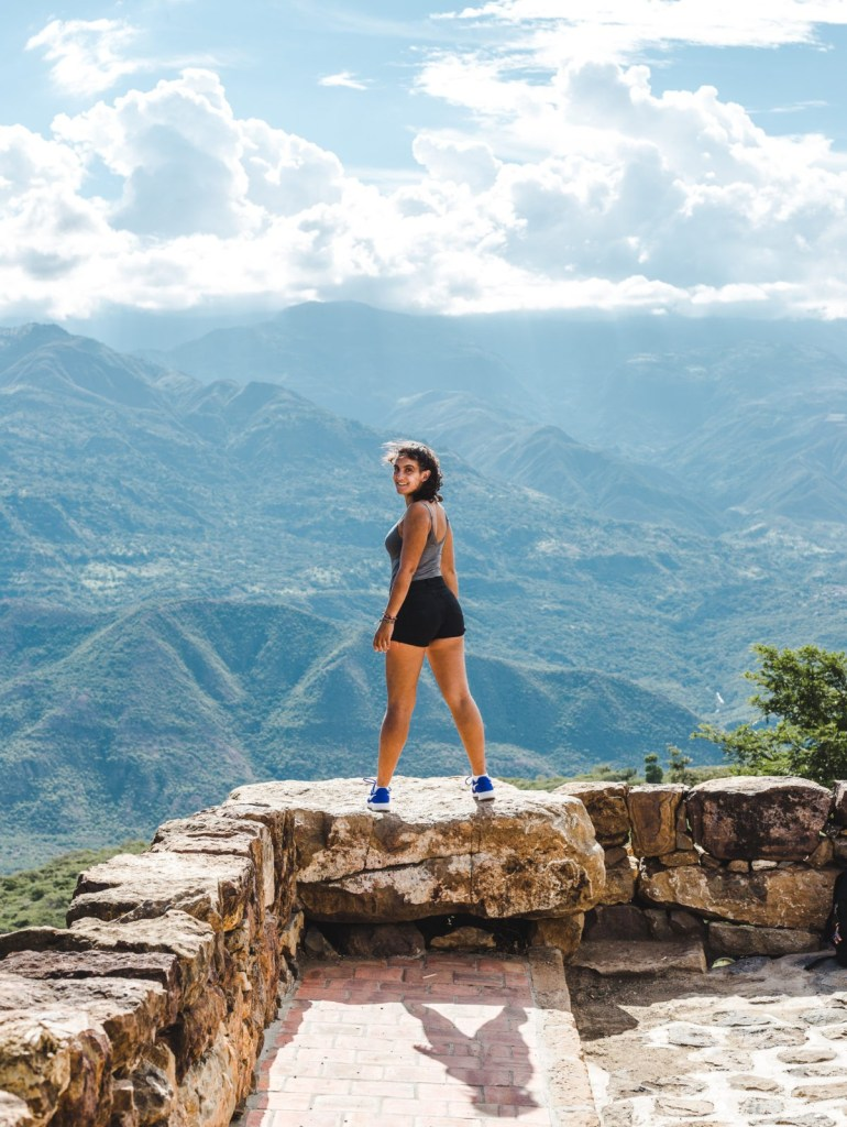 backpacker girl empowered on hike: great for having travel on your résumé