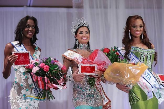 Miss Curaçao and runners up