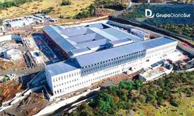 85% de avance presentan obras del nuevo Hospital de Quellón