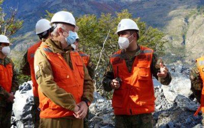 Ministro Prokurica visita Cochrane y revela que el Cuerpo Militar del Trabajo está construyendo 124 kms de caminos