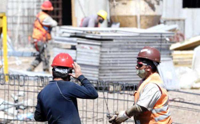 Fuerte alza de hasta un 400% en precios de materiales de construcción