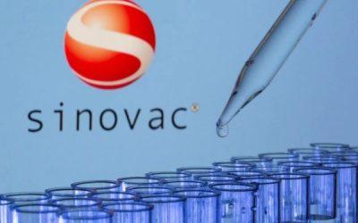 Instalación de Sinovac en Chile: delegación china de visita en el país define esta semana implementación de planta de vacunas