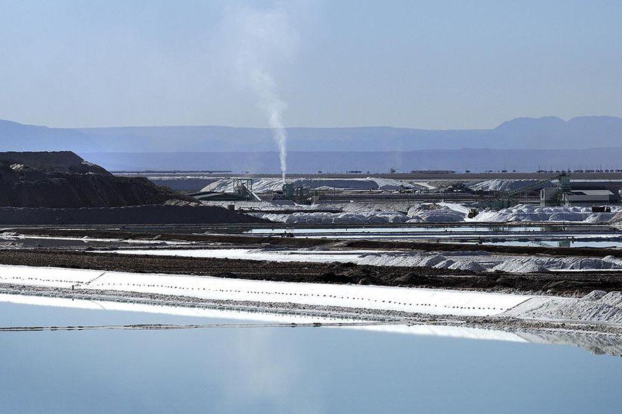 Chile busca recuperar el liderazgo mundial en la producción de litio y lanza convocatoria para nuevos proyectos