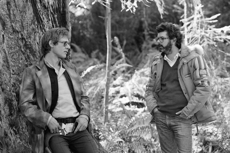 Harrison-Ford-and-George-Lucas-on-the-set-of-Return-Of-The-Jedi
