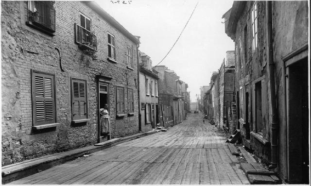 Little Champlain Street, Quebec City, QC, 1916