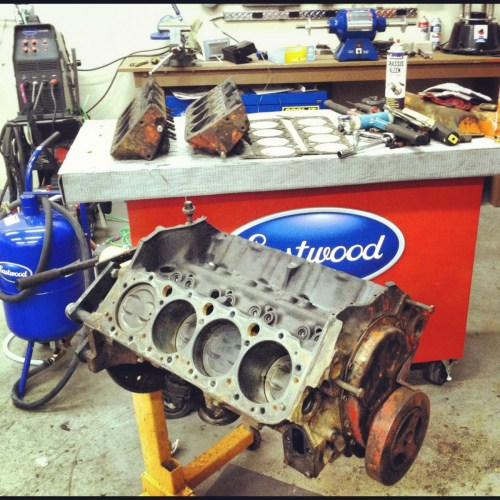 Chevrolet V8 disassembly
