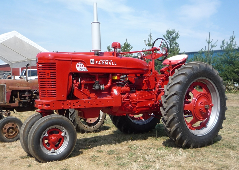 Farmall H Flywheel : Auto biography tractor driving maniac