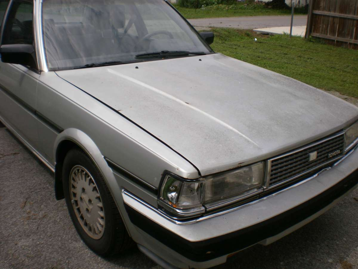 curbside classic 1985 toyota cressida the proto lexus. Black Bedroom Furniture Sets. Home Design Ideas