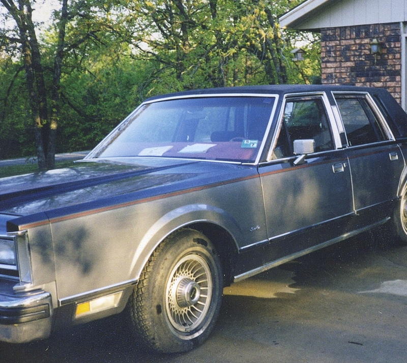 My Curbside Classic: 1988 Lincoln Town Car