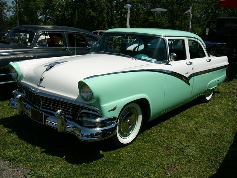 Curbside Classic 1956 Ford Fairlane Beautiful But Still The