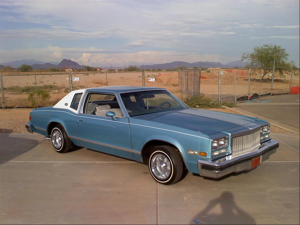 Curbside Classic 1977 78 Buick Riviera A Short Life In Hard Times 51 Lesabre Concept Luxury Style Today Its Seen More Clearly For What It Was Gm Place Holder That Only Borrowed The Won Mantle Of An Iconic Nameplate