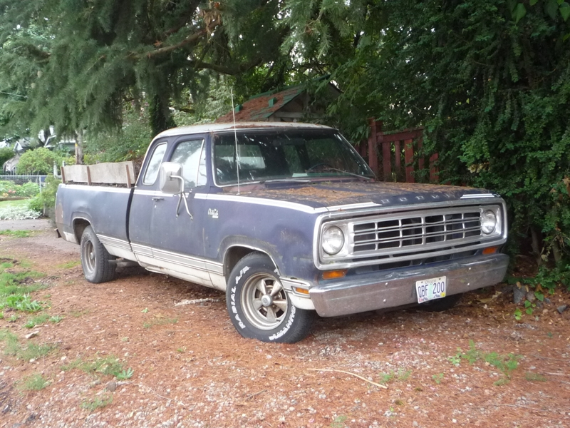 Curbside Classic: 1974 Dodge Club Cab – Another Dodge First, Not ...
