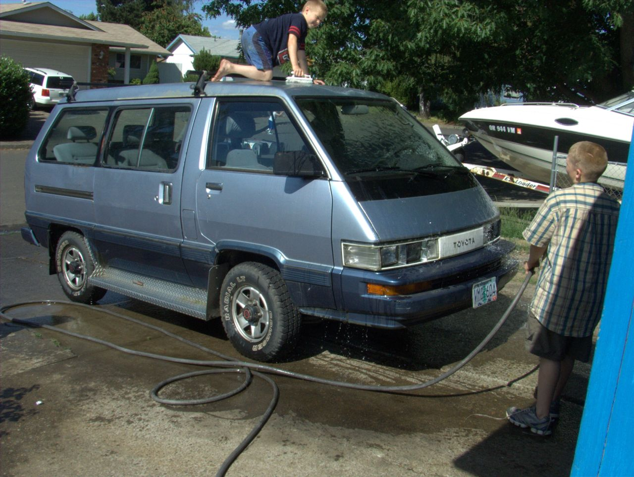 Cars of a Lifetime: 1989 Toyota 4×4 Van- The Second Death or History