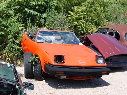 Junkyard Classic: The British Car Boneyard – Something For Everyone