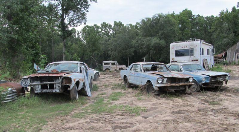 Junkyard Cruising – East Texas Style