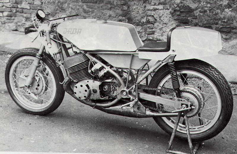 Das Motorrad Rätsel Seite 151 caferacer