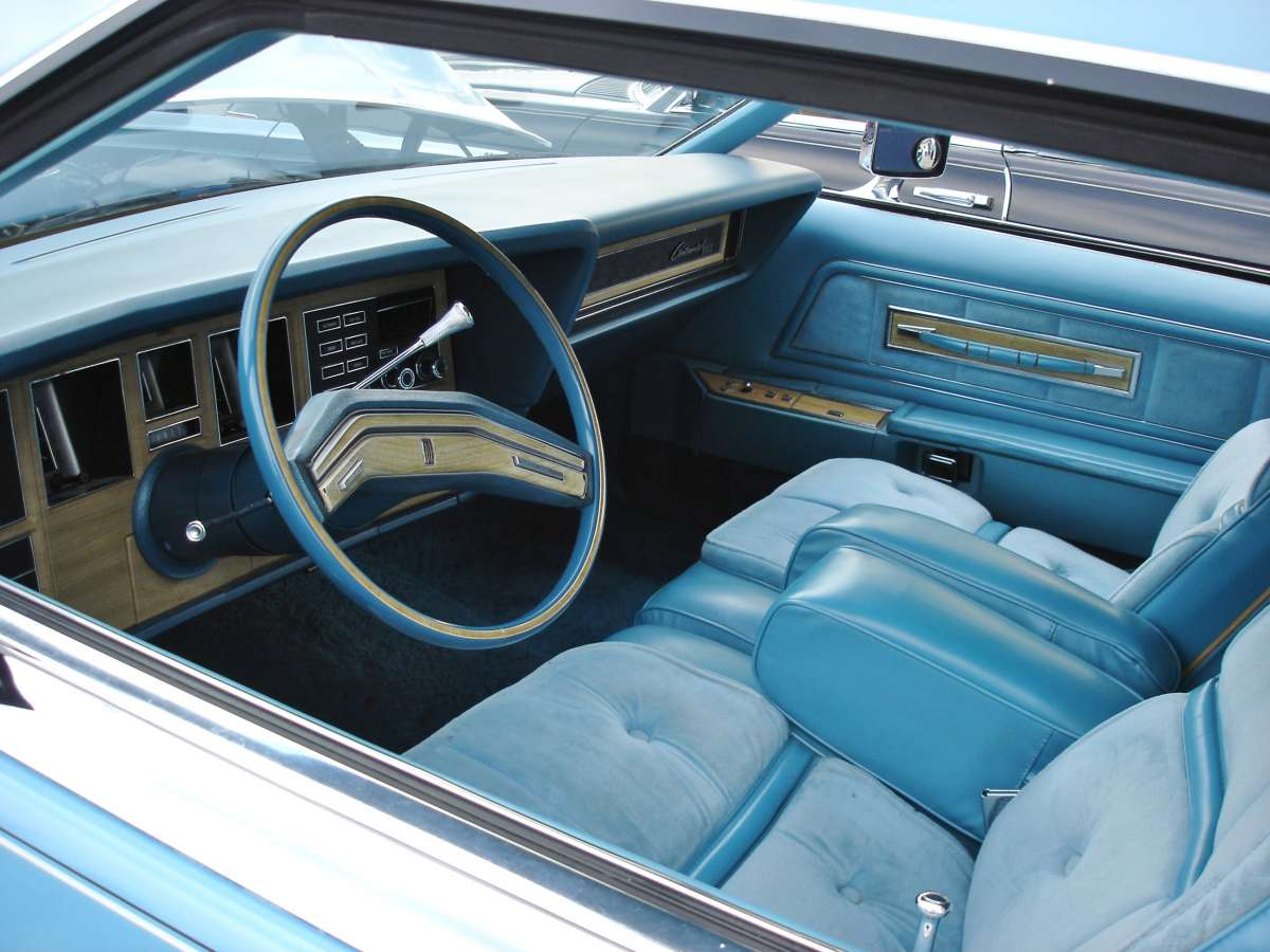 curbside classic 1976 continental mark iv givenchy edition aqua couture. Black Bedroom Furniture Sets. Home Design Ideas