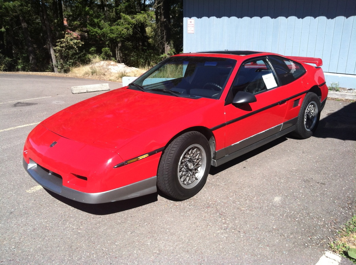 Curbside Capsule 1986 Pontiac Fiero Gtso Very Nearly Inspired Console