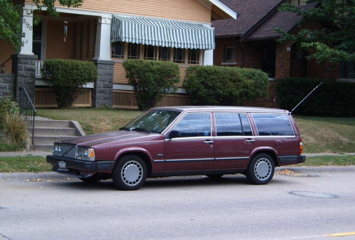 Our Ex-Curbside Classic: 1989 Volvo 740GL Station Wagon – Mom's Jinx
