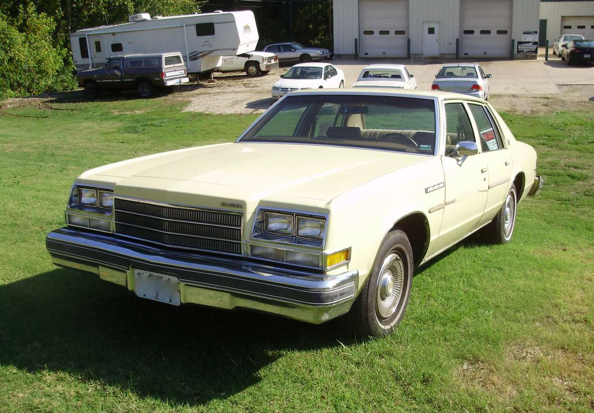 a curbside christmas carol over the river and through the woods to grandmothers house we go in our 1979 buick lesabre