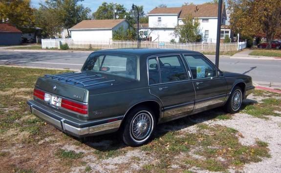 E on 1985 Buick Lesabre Green