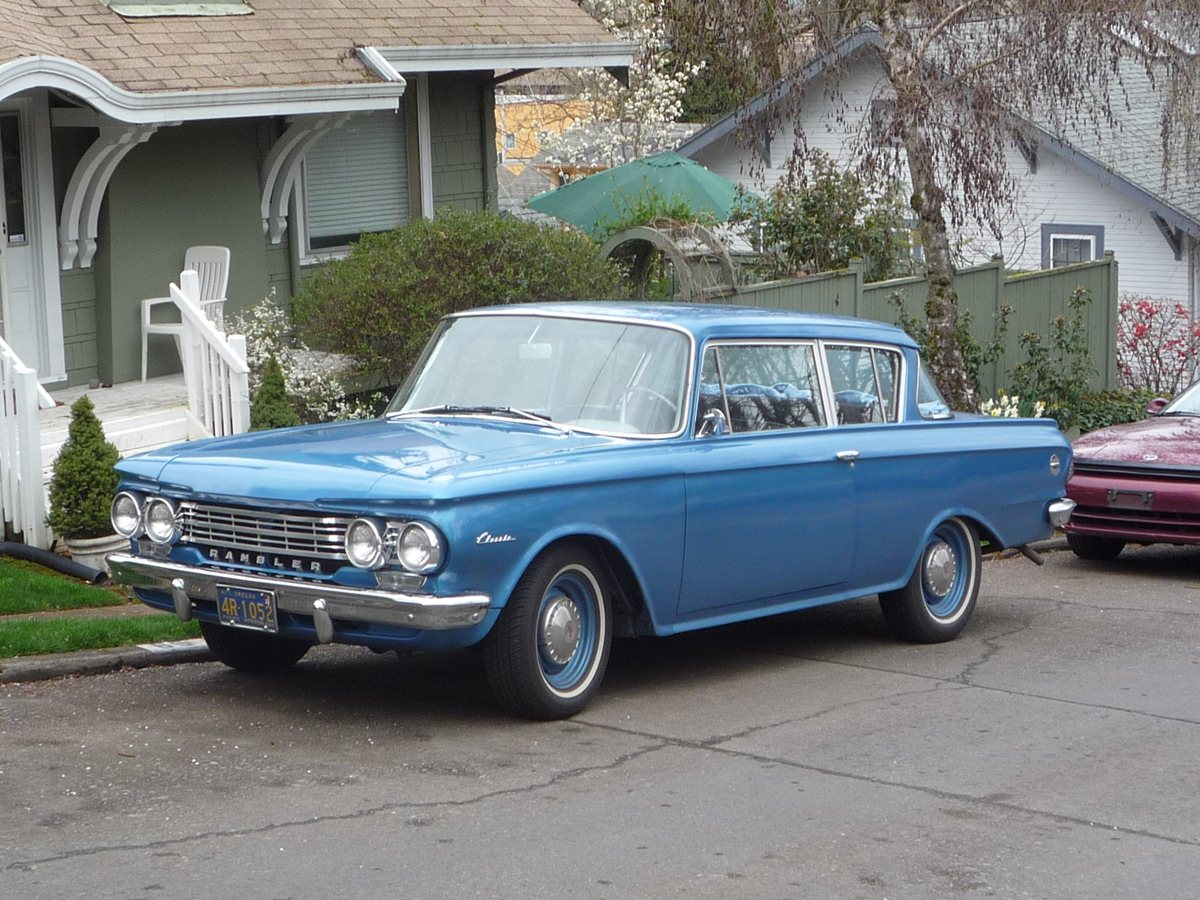 Curbside classic 1963 rambler classic 660 ed anderson s departing farewell is a classic as well as motor trend s coty