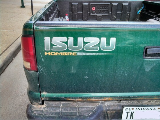 Curbside Classic: 1999 Isuzu Hombre – When is an S-10 Not an
