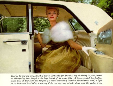 Lincoln 1962 Continental-04