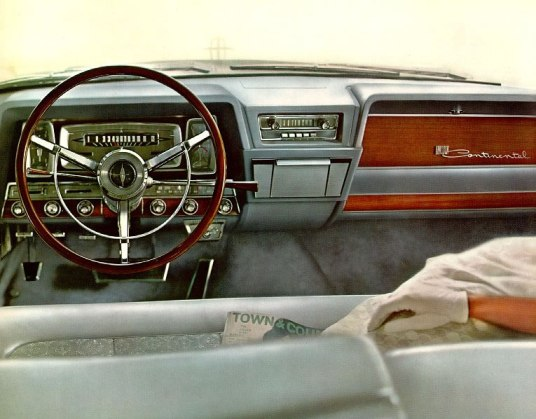 Lincoln Continental 1962 dash-07