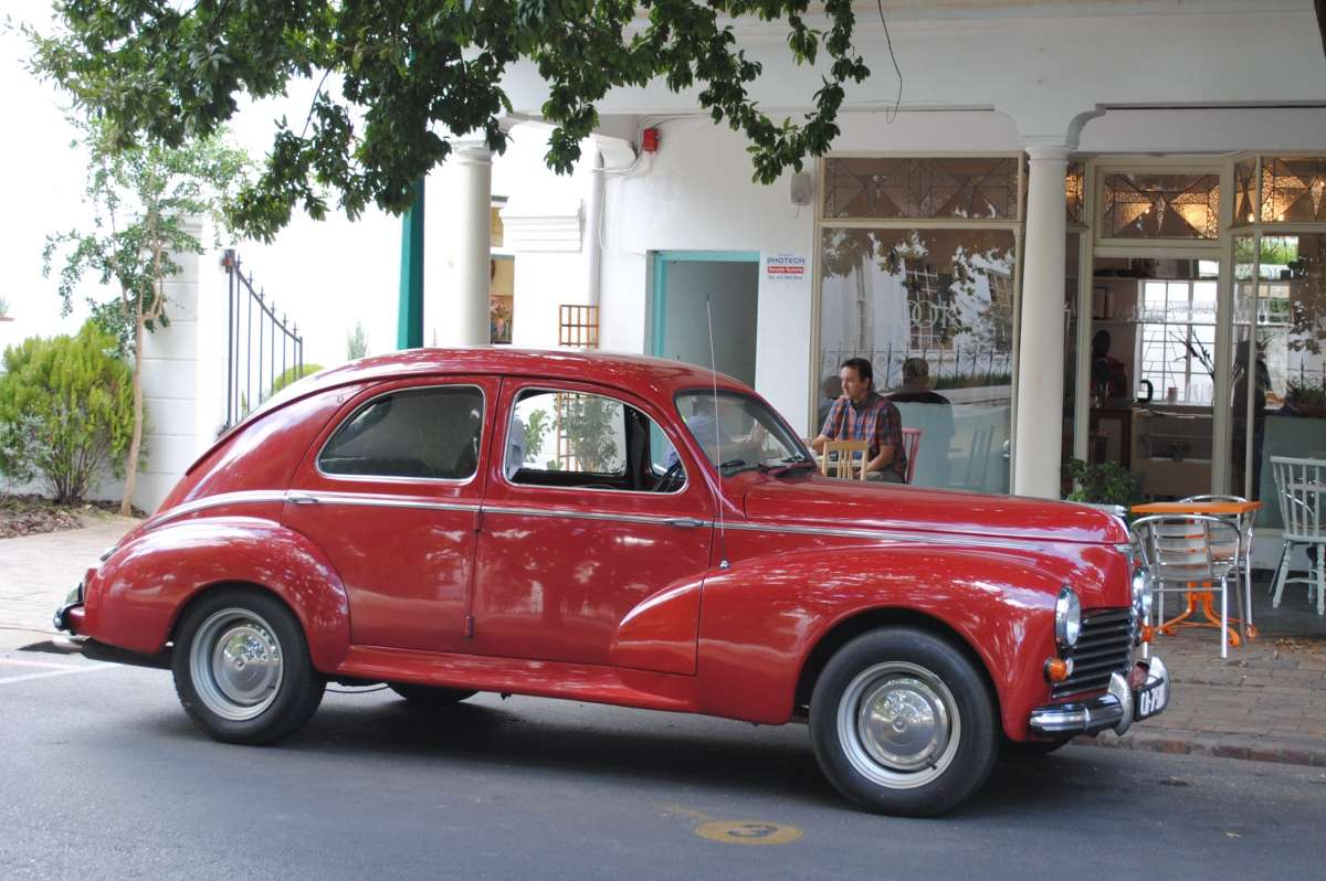 Trackside And Curbside Classic: 1951 Peugeot 203