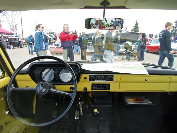 1975 Mazda B1800 pickup truck interior