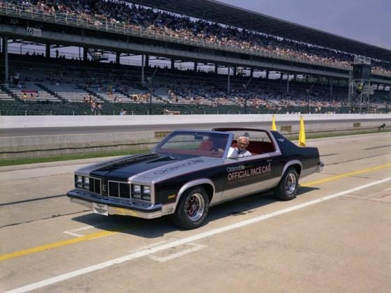 1977OldsPaceCar02