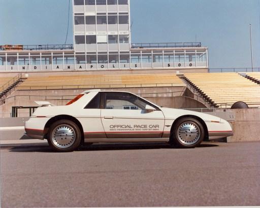 1984FieroPaceCar08