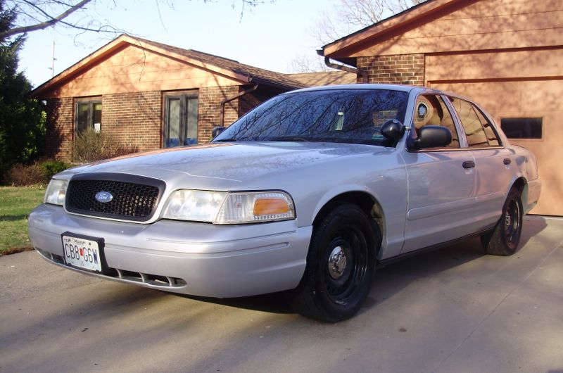 Autobiography Ford Crown Victoria The Jewel Of The Crowns - 2001 crown victoria