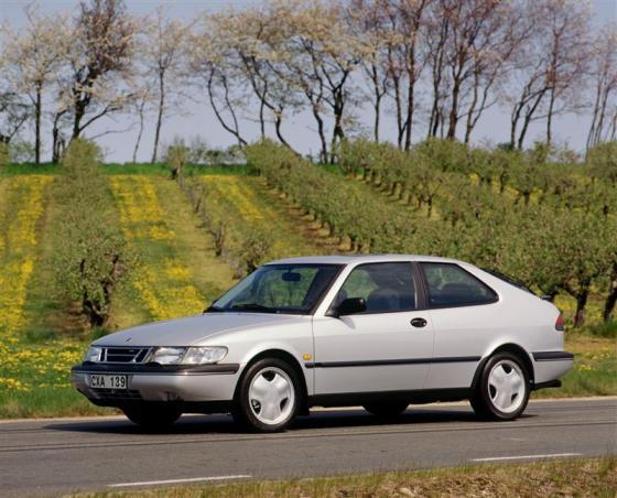 Saab-900 1995