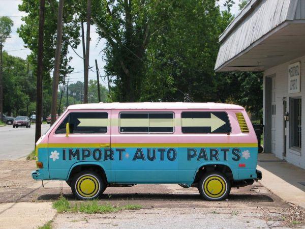 Import Auto Parts sign