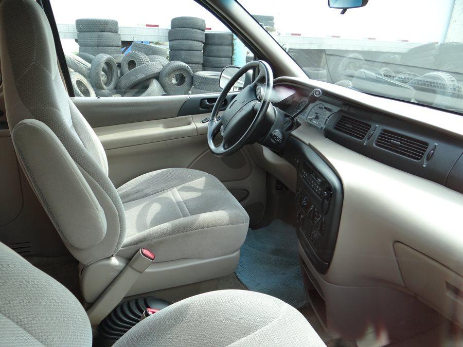 curbside classic 1995 ford windstar gl bullets dodged curbside classic curbside classic 1995 ford windstar gl