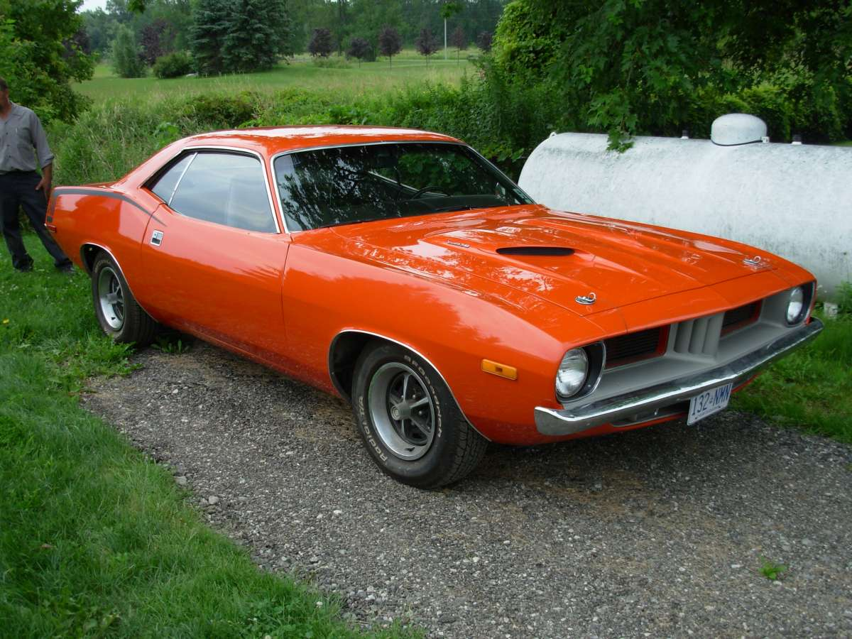 Delicieux This Is My Friend Jimu0027s 1972 Plymouth Barracuda. Heu0027s Owned It Since 1978.  Itu0027s Painted Hemi Orange, And He Added The 1970 Style U201chockey Sticku201d  Stripes With ...