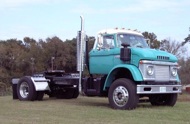 Storage Yard Classic: 1963-65 Ford N-Series Super Duty