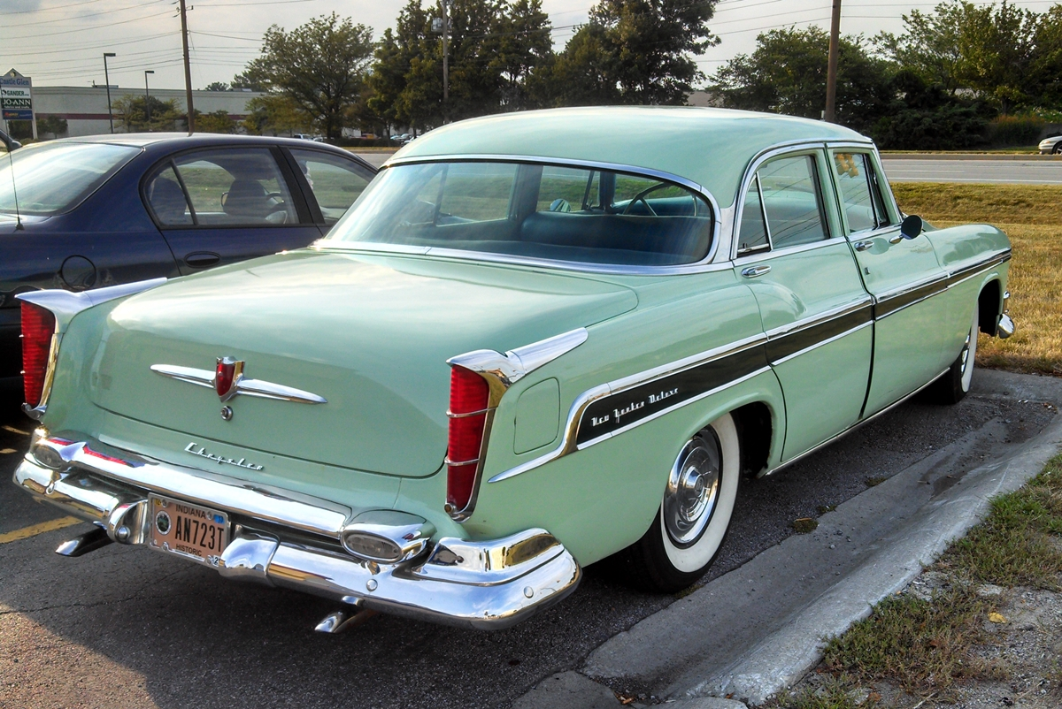 Curbside Classic 1955 Chrysler New Yorker Deluxe Looks Like A 1954 1955chryslernewyorker01