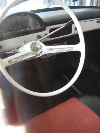 1965 Toyota 700 dash