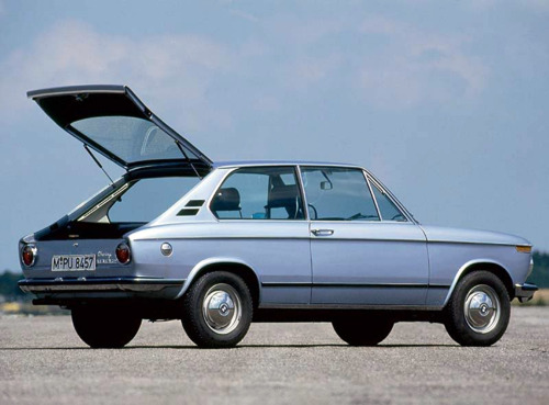 BMW 02 touring hatc