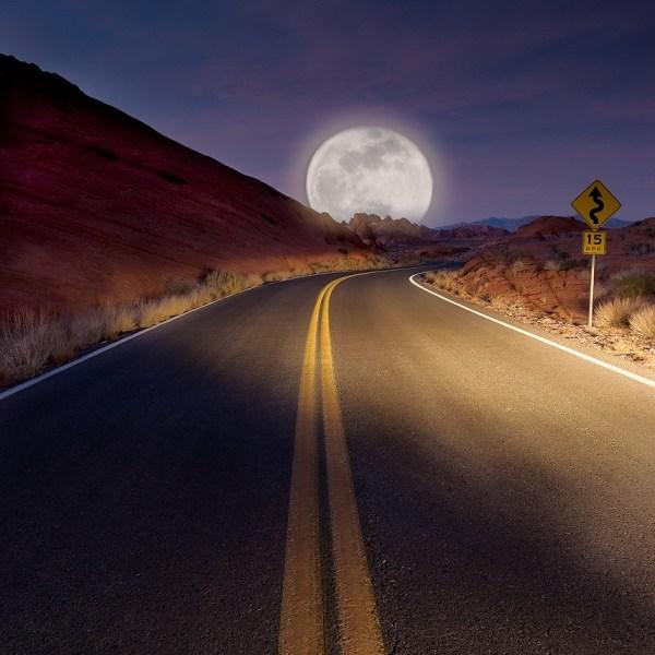 CA desert moon