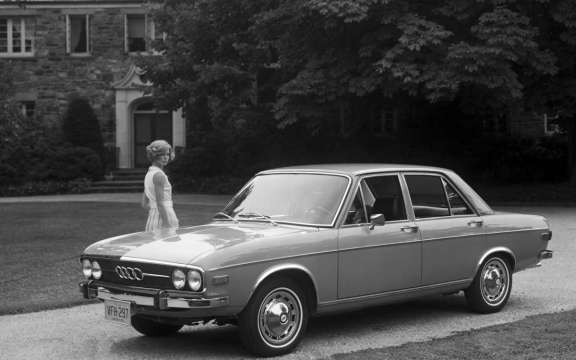 Audi 100 LS US-spec (C1) 1968-73