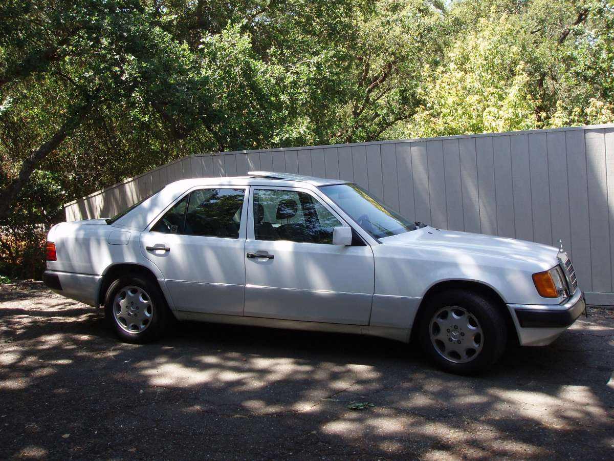COAL: 1992 Mercedes-Benz 400E – The Sleeper