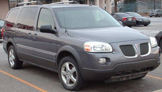 800px-'06-'09_Pontiac_Montana_SV6_Long-Wheelbase