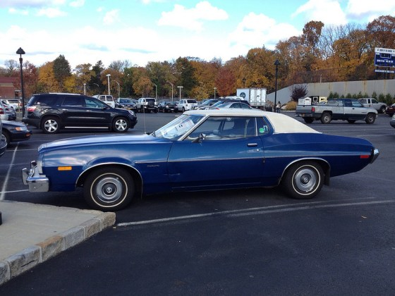 Ford 1973 torino side