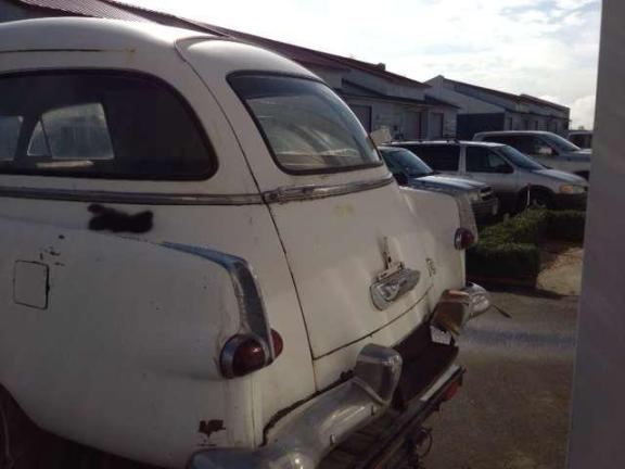 Henney Packard - rearview