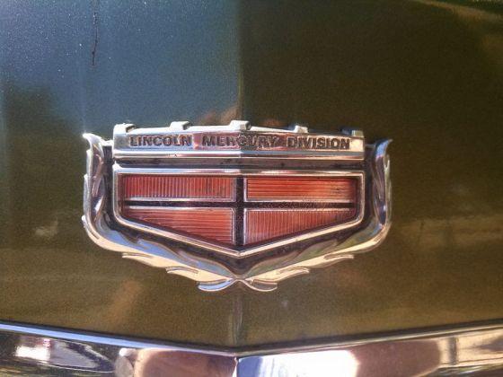 Mercury 1972 Marquis emblem