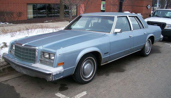 800px-79-81_Chrysler_Newport
